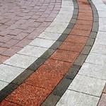Купить тротуарную плитку в Краснодаре от производителя по лучшей цене за м2. Как выбрать брусчатку?